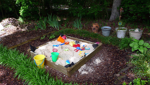 Backyard Sand Play Area : play sand that the kids will love and should be able to play safely